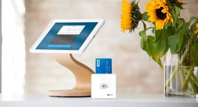SumUp US card reader with SumUp iPad stand