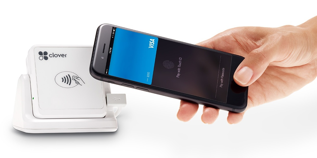 Clover Go card reader