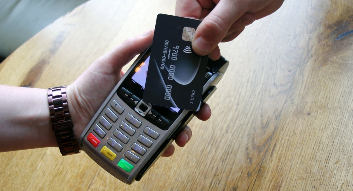 Ingenico mobile card machine