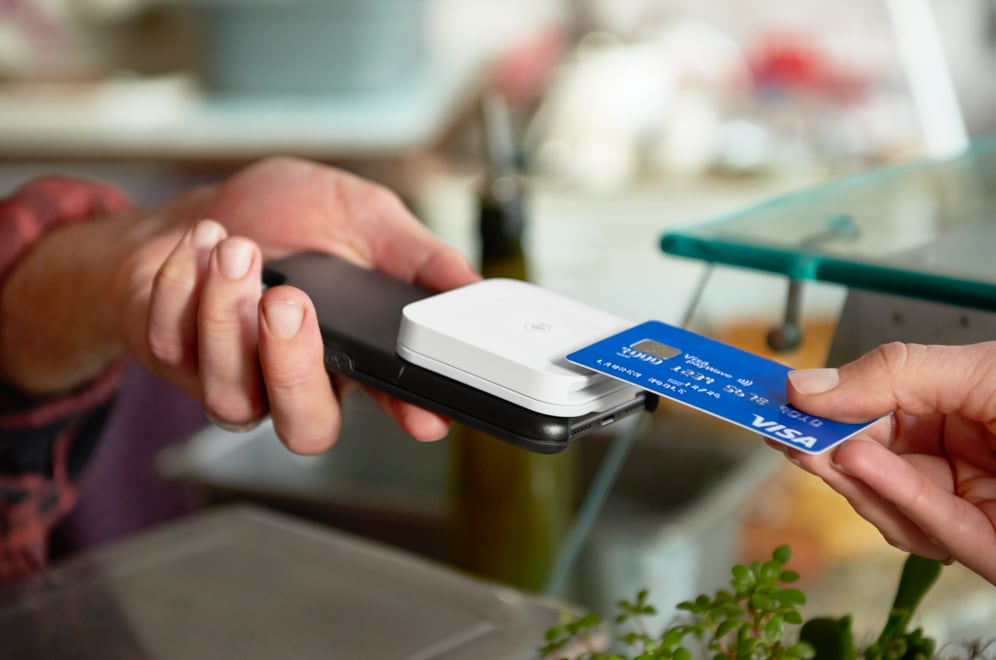 Square Reader on iPhone accepting contactless card