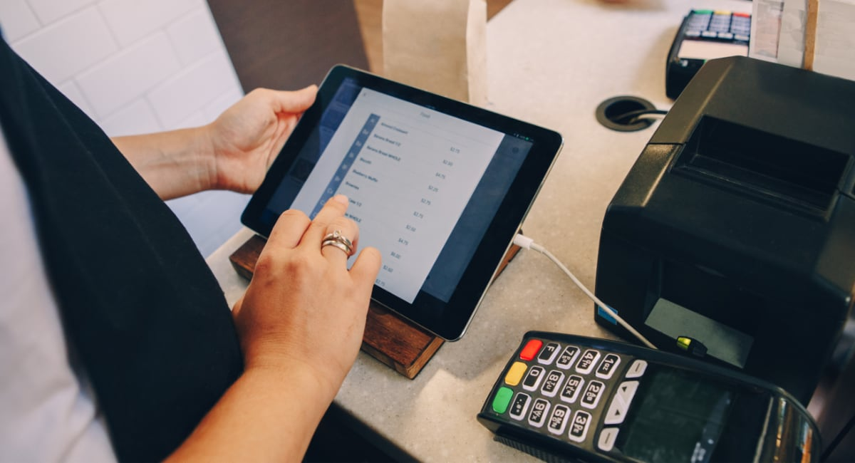 iPad POS with payment terminal
