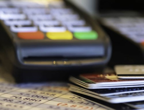 Short-term card machine rental vs. buying a card reader