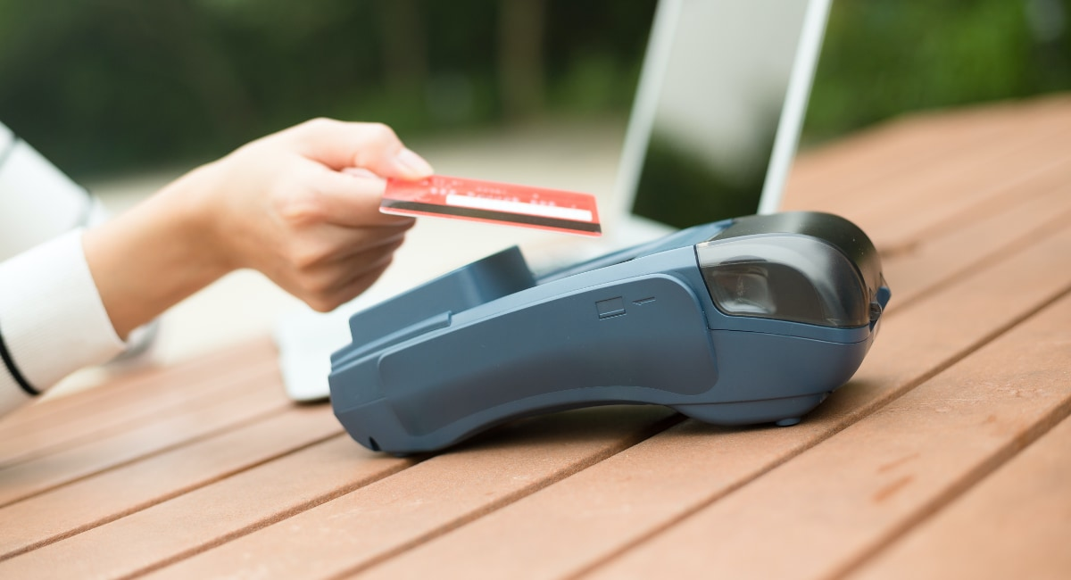 taking credit card payments offline
