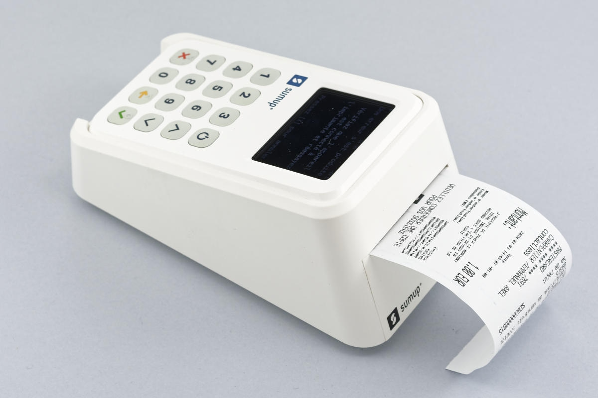 SumUp 3G terminal with receipt printer